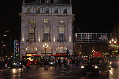 London - Picadilly Square (Cools Pix) Tags: england london canal tring