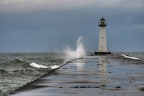 Helming calls on Trump nominees to take action on Lake Ontario water level