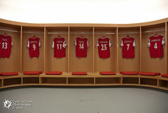 Changing room at Emirates Stadium (Cyril Le Roux) Tags: uk london football nikon arsenal thierryhenry emiratesstadium