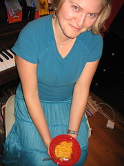 IMG_7569.JPG (monsterpants) Tags: birthday party colour sarah teal birthdayparty macncheese synaesthesia truecolours colourparty birthday2007 synaesthesiaparty