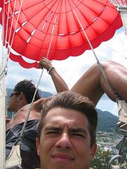 Я и водитель парашюта.