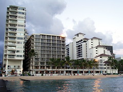 Outrigger and Halekulani hotels #9664
