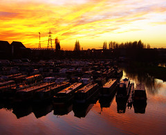 Sunset (Ch@rTy) Tags: old sunset reflection water canal barges aha britishwaterways charlietyackcom waterwaytohaveagoodtime