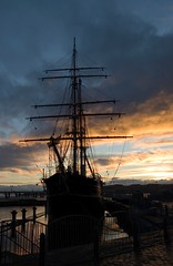 Dundee Ship (Magdalen Green Photography) Tags: blue scotland cool ship harbour dundee scottish tayside abigfave iaingordon picturesofdundee dundeephotography imagesofdundee dundeestockphotography printsofdundee