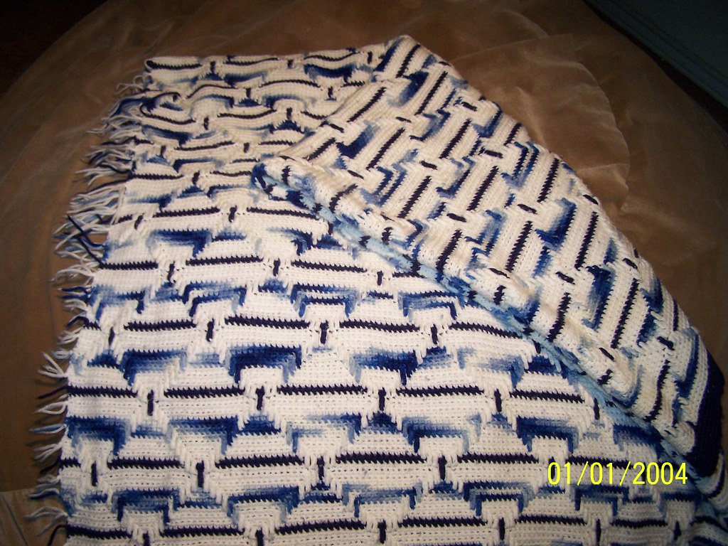 Blue and White Navajo_2
