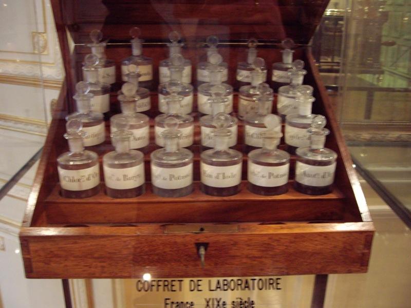 Fragonard Perfume Coffret.JPG