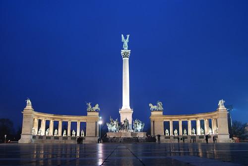 כיכר הגיבורים בבודפשט