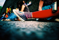 red legins and converse all stars (lomokev) Tags: street carnival pink red people beer fashion foot lomo lca xpro lomography crossprocessed xprocess shoes dof drink leg stripe ground can lomolca sneakers trainers depthoffield alcohol converse agfa jessops100asaslidefilm agfaprecisa nottinghill grolsch nottinghillcarnival allstars lomograph agfaprecisa100 cruzando converseallstars precisa jessopsslidefilm nottinghillcarnival2006 rota:type=showall rota:type=composition rota:type=portraits rota:type=cityscape file:name=lomo0906b41 use:on=moo thecloud:selection=music