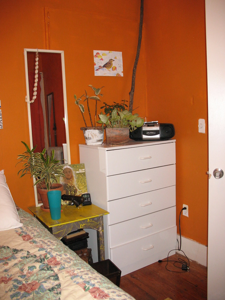 small room 2