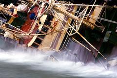 michel´s wash. (Peopleinpixels - Alfonso Batalla) Tags: abandoned junk rust ship decay naval desguace abandonments