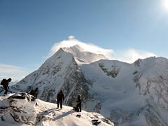 Pisteurs (petes_travels) Tags: snow france ice les clouds rouge wind glacier savoie mont arcs drift pourri turia stesprit pisteurs glacierdugeay
