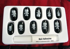 Faux pirate nails