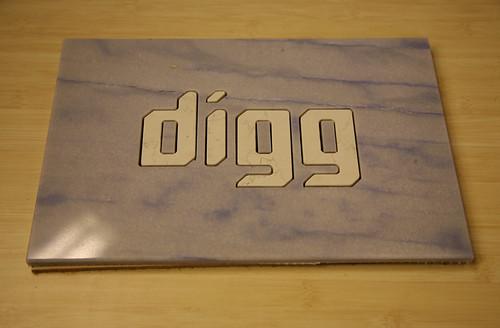 Digg Tile