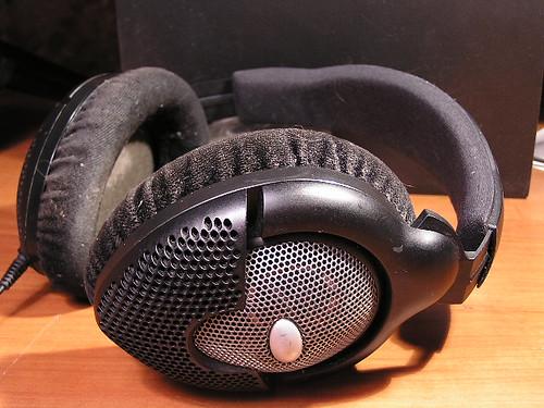 Sennheiser HD590 headphone