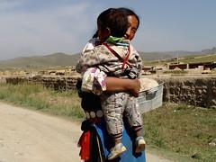 Woman and child (rudenoon) Tags: sony amdo tibetan gansu dscf717 qinghai  tibetanwomen