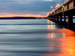 (,04 segundos...) (,04 Sekunden ...) (#Ikki#) Tags: sunset paran rio laranja ponte vermelho prdosol luzes reflexo guara amerelo abigfave duetos impressedbeauty superbmasterpiece naturefinest