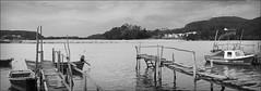 Embarcaderos (DavidGorgojo) Tags: bw water rio agua asturias bn barcas juncos laflorida lanchas elcastillo sanjuandelaarena nalon sotodelbarco