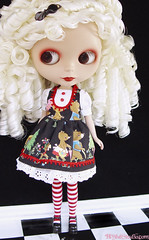 Goldilocks (Ragazza*) Tags: doll airbrush weft squeakymonkey customblythe blythestudio rblstardancer