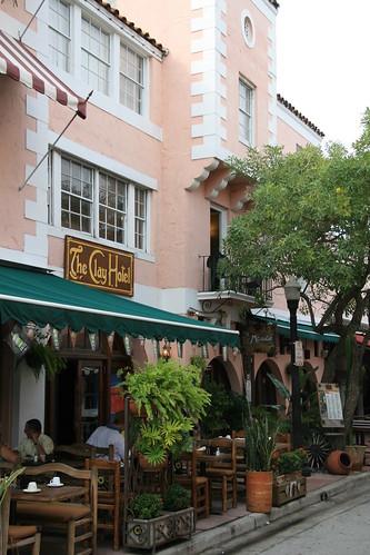 Clay Hotel