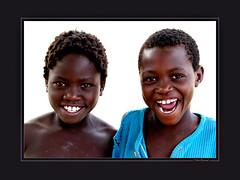 Rundu (KraKote est KoKasse.) Tags: africa portrait southafrica bleu enfant sourire afrique rundu 10faves 30x40 defidefiouiner unaltraperlanera krakote expone maselection nedeclicjardin nemmarsup forcont wwwkrakotecom valeriebaeriswyl