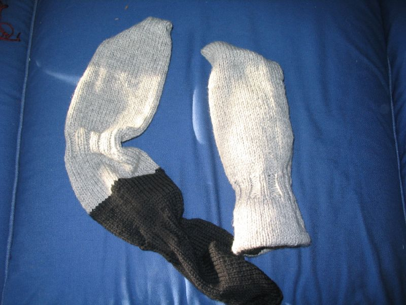 thumbless reversible joggers' mitts