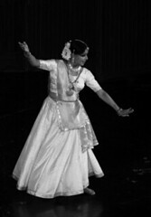 Kathak dance (Felix Francis) Tags: india art dance delhi tradition classicaldance northindia kathak jewellerey