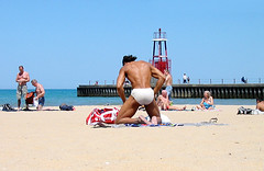 Black muscle at Hollywood Beach. (abadonmi01) Tags: shirtless summer lake chicago man black male guy praia beach june strand illinois midwest muscle michigan hunk playa 2006 bum dude lakemichigan bikini thong hollywood kathy speedo swimsuit edgewater stud beefcake speedos swimwear beachbum hollywoodbeach osterman ianrock kathyosterman iiaannhorsehung