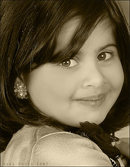 Little Lady (Heba AL-Jadaan (Heba _ photo)) Tags: girls cute home smile lady canon happy little cheeks kuwait heba nogod  njoood
