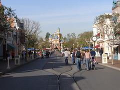 Empty Disney (5)