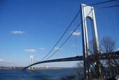 Verrazano (FOTOGRAFIA.Nelo.Esteves) Tags: park city nyc bridge usa ny newyork beautiful wow wonderful spectacular geotagged harbor us amazing nikon unitedstates superb fort awesome si great upper stunning statenisland 2007 outstanding terrific verrazanonarrows richmondcounty nationalregisterofhistoricplaces fortwadsworth gatewaynationalrecreationarea views800 d80 neloesteves nationalparksofnewyorkharbor geo:lat=40604846 geo:lon=74055404 zip10314