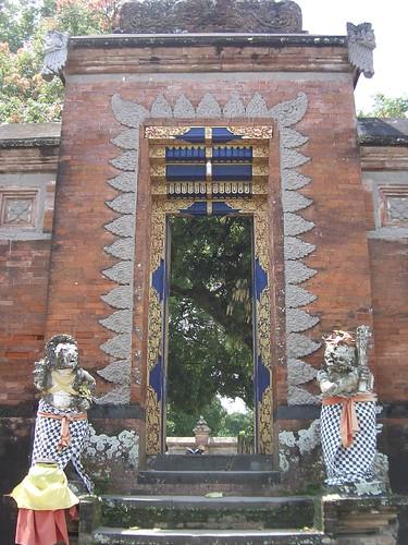 2006 04 05130 Indonesia - Lombok - Pura Lingsar