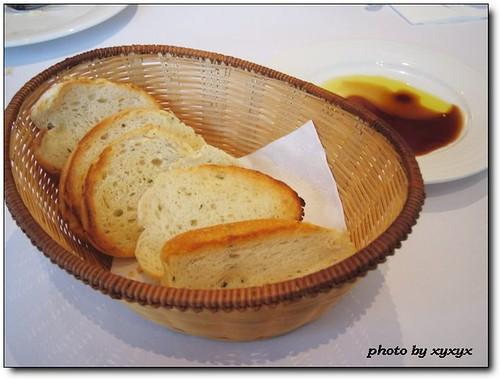 麵包和紅酒醋、橄欖油醬