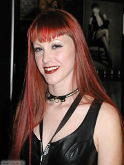 Pb100120040035 copie (AlainG) Tags: las vegas 2004 models bondage bdsm darby convention daniels bondcon