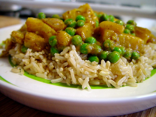 potato-pea curry