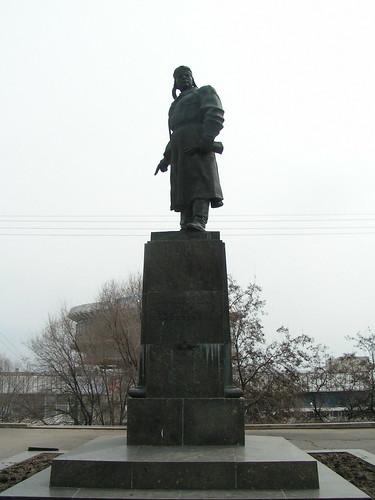 Памятник Хользунову / Holzunov monument