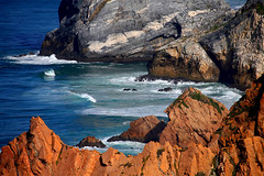 Cabo da Roca (Fotourbana) Tags: sea portugal mar waves stones olas rocas cabodaroca splendiferous specland fotourbana colorphotoaward superbmasterpiece diamondclassphotographer flickrdiamond ilustrarportugal