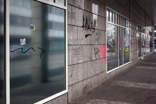 "Wellenworth (05) • <a style=""font-size:0.8em;"" href=""http://www.flickr.com/photos/69570948@N04/31666059865/"" target=""_blank"">Auf Flickr ansehen</a>"