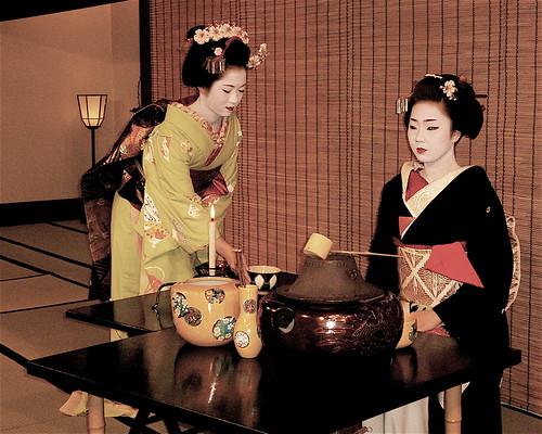 אירוח של גיישה יפנית