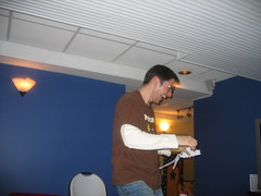 Rick Klau having a good time playing the Wii