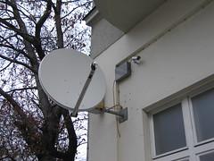 Direktbertragung? (Schockwellenreiter) Tags: tv video technik schssel photogabi neuklln berwachungskamera