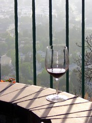 Red wine on the edge (FrogMiller) Tags: california ca orange restaurant socal lawyers orangecounty happyhour barristers orangehill attorneys ocbarristers