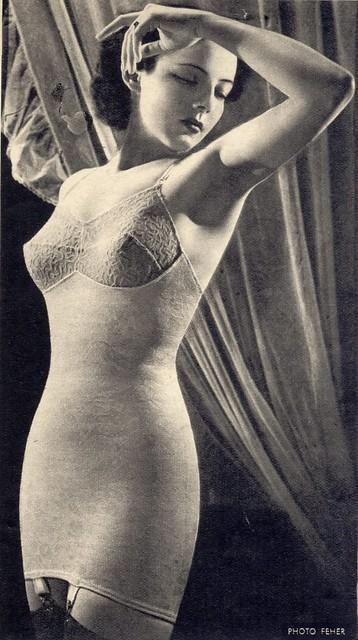 Ligne underwear, 1950s