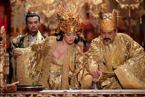 Gong Li en La maldición de la flor de oro (1)