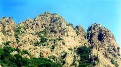 Dans la montée vers l'aiguille SE 1049 m  du Capu a u Monte depuis Bocca a Pertusella