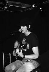Elliott Smith live in Dublin 1998 (Dave Road Records) Tags: ireland blackandwhite music dublin elliottsmith