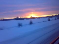 01/02/2007 (1541) Tags: cameraphone winter sky snow sunrise suomi finland talvi lunta aurinko nseries n73