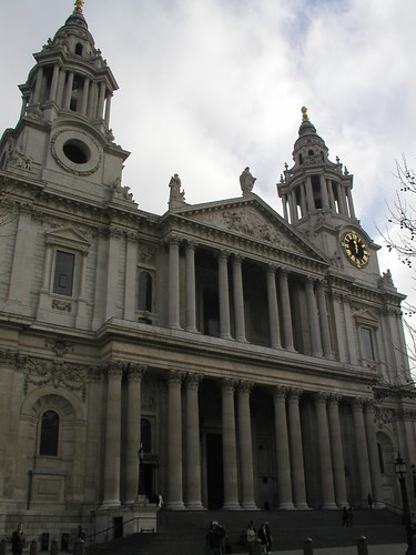 London 0207 058