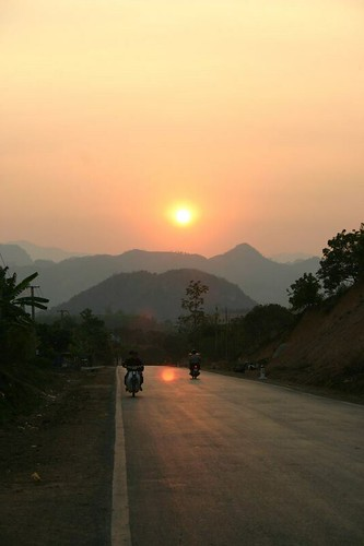 Beautiful evening drive close to Son La, NW Vietnam