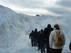 caminando-en-glaciar
