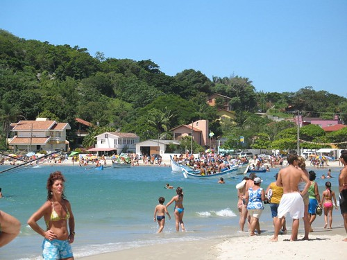 Beach on a national holiday - Pinheira - Santa Catarina - Brazil